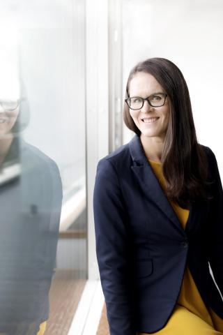 Laura Juvonen, Teknologiateollisuus