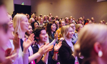 Women in Tech Forum 2019: people clapping